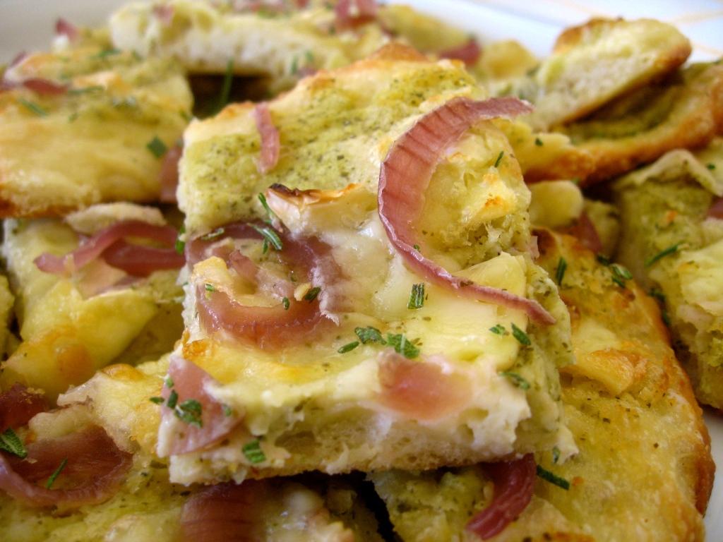 basil and brie flatbread closeup