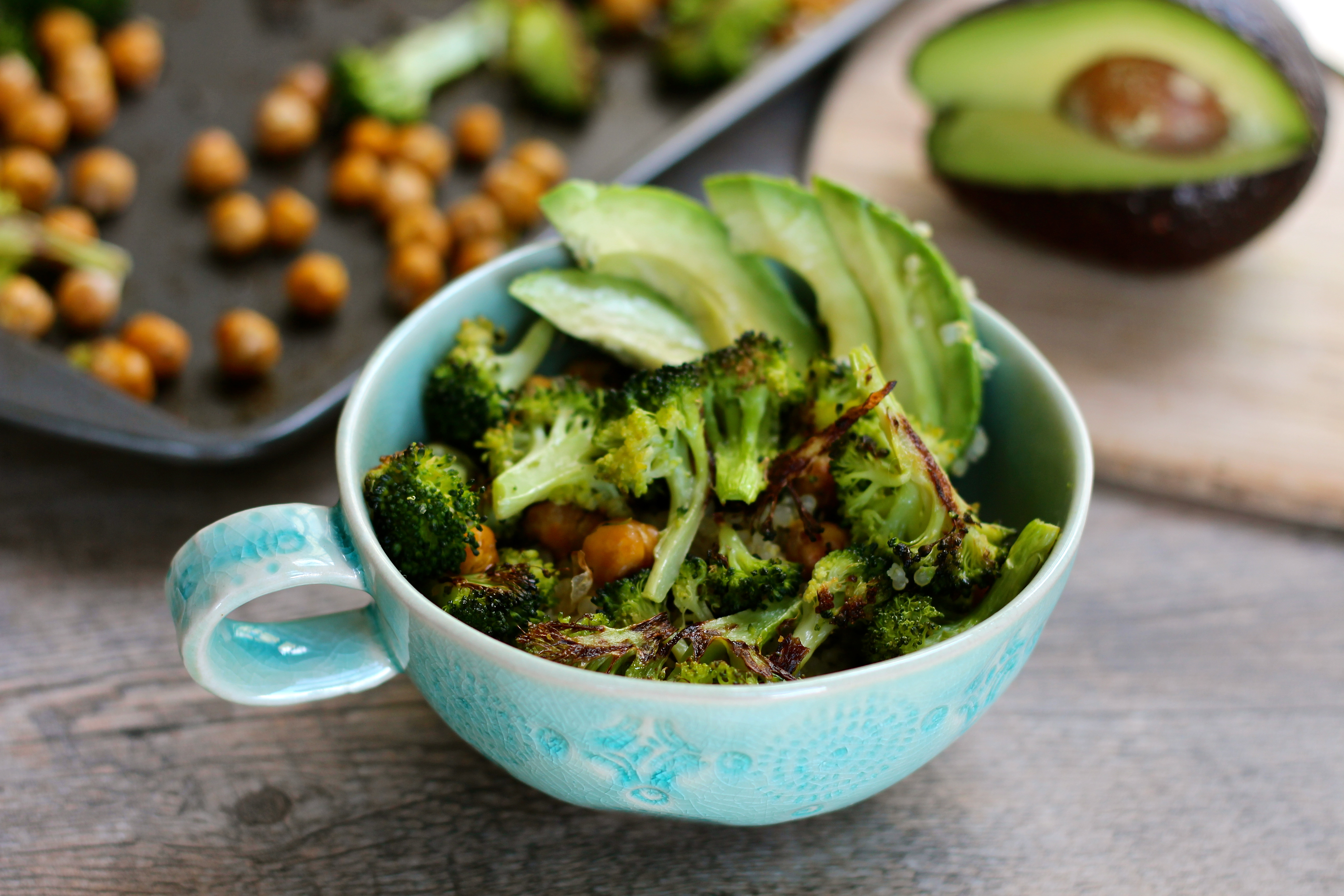 ... Know Where to Start} Roasted Broccoli and Chickpeas on Lemony Quinoa